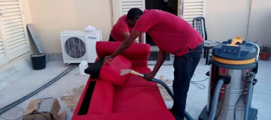 sofa-carpet-rugs-cleaning-services-with-professional-staff-UAE_3